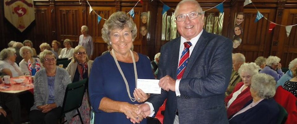 Cheque Presentation for the Friendship Club