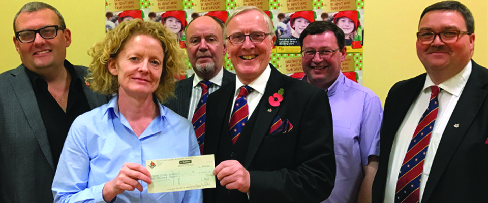 Manchester Masons assist Wood Street Mission with Funding for their Christmas Appeal