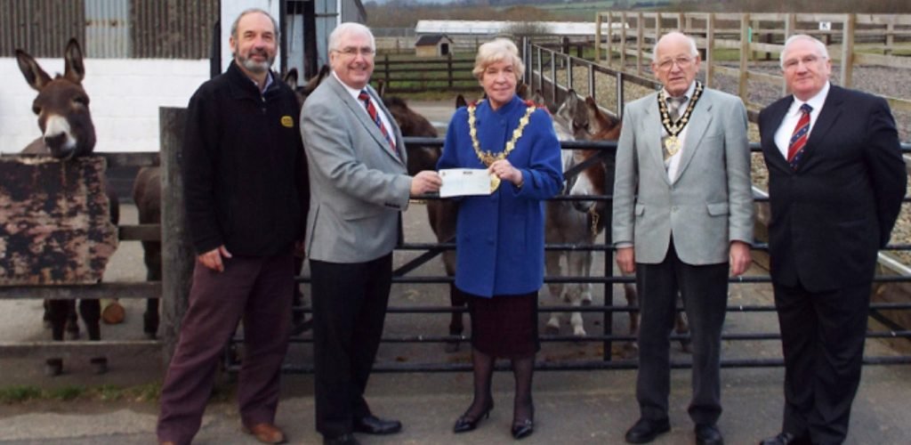 £2,000 Donation to Bleakholt Animal Sanctuary