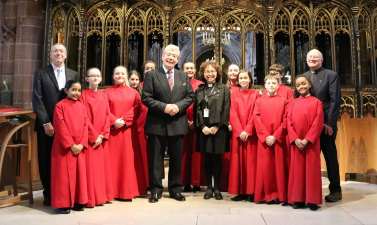ELMC donates £25,000 to Manchester Cathedral Chapter