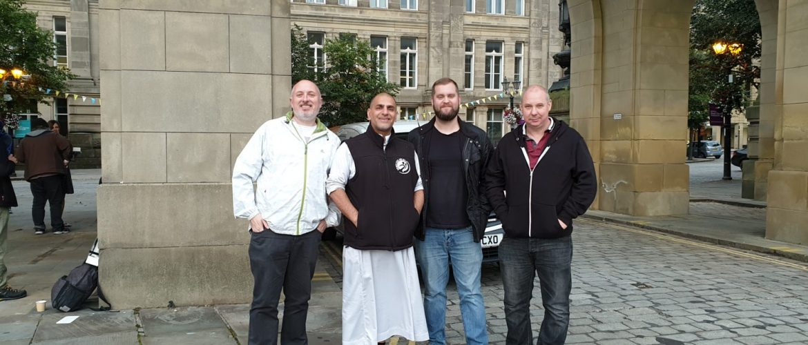 Bolton & Manchester Masons donate £1000 to Homeless Aid UK