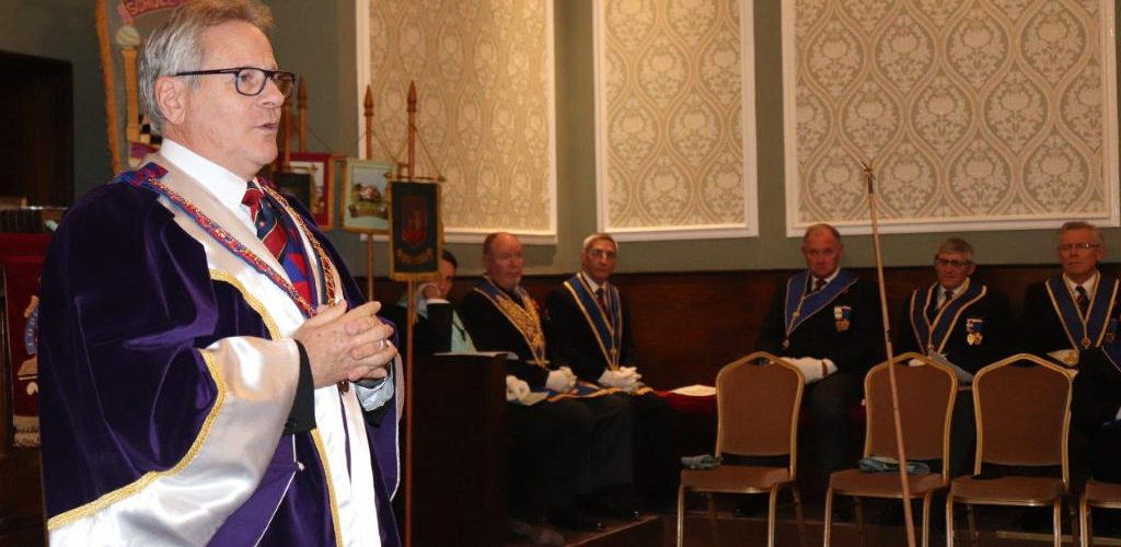Officers from Provincial Grand Chapter visit Manchester Hall