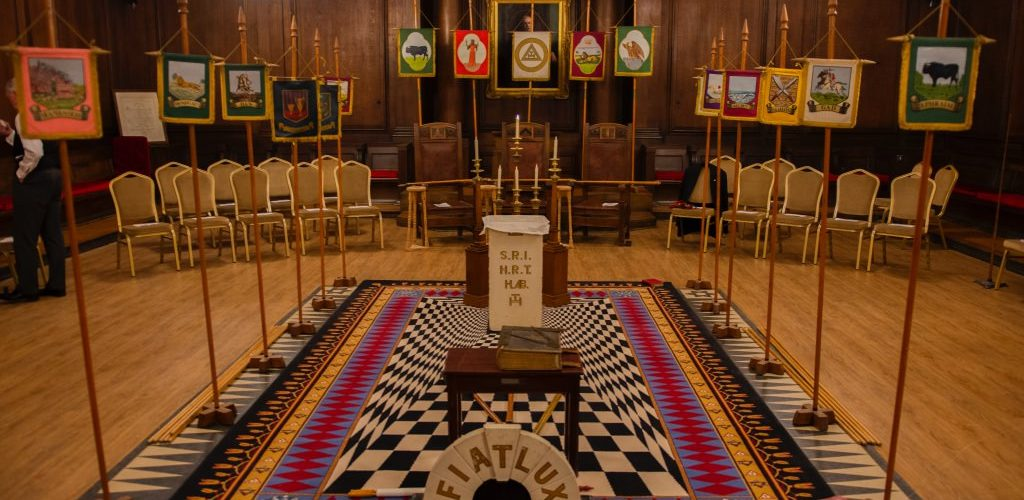 ME Comp Sir David Wootton visits Palatine Chapter 2447