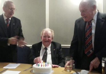 Gordon Hunter celebrates his 90th Birthday at the Festive Board